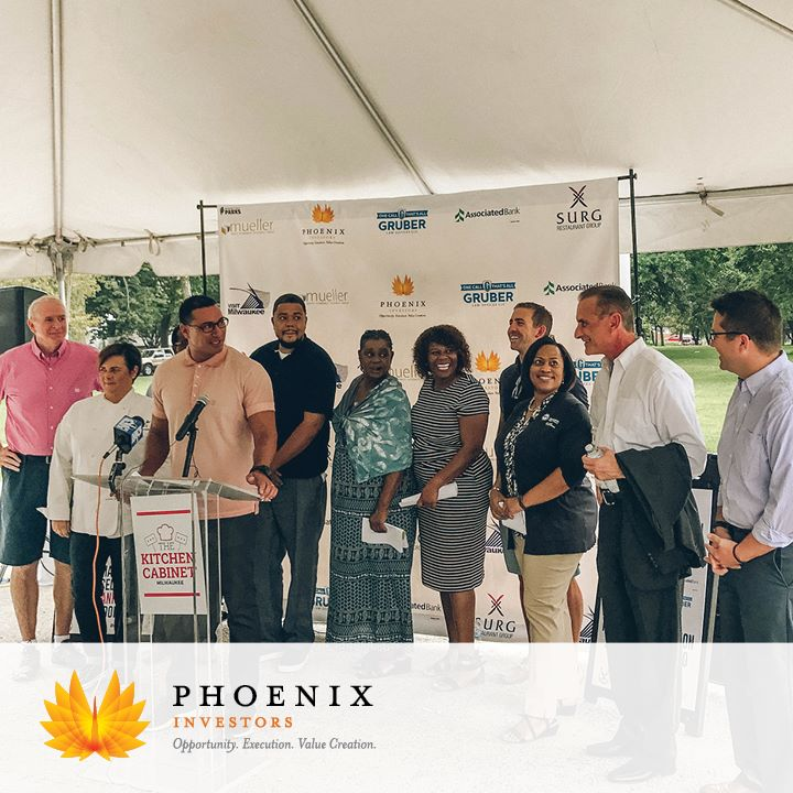 Restaurant group, community leaders throw Sherman Park revival party ...